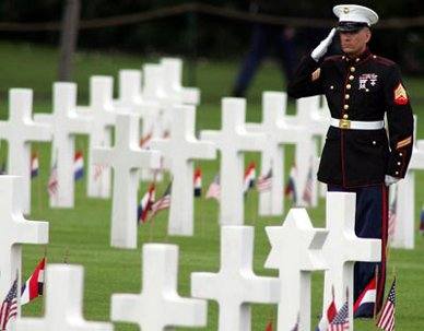 Memorial-Day soldier salute